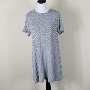 LOFT Dresses - LOFT Bow Back Short Sleeve Swing Dress